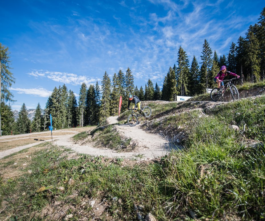 Carezza Trail two Mountainbiker