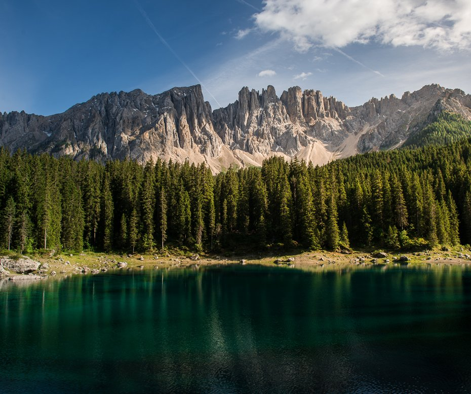Lago di Carezza con Latemar