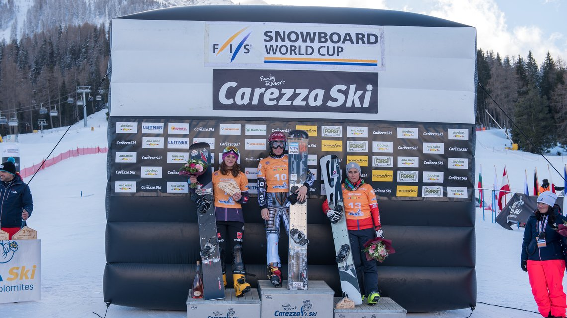 Snowboard Worldcup victory ceremony women